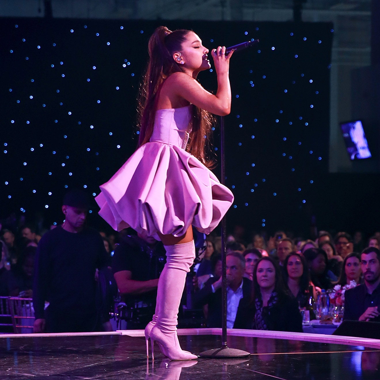 "Ariana Grande bei der Verleihung der ""Billboard's Women In Music"" 2018 in New York."