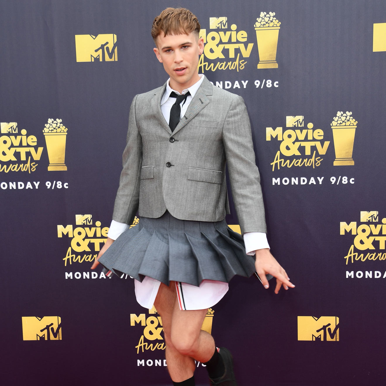 Tommy Dorfman ist ein Gender Bender!