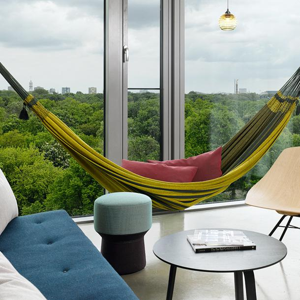 25hours hotel bikini berlin jungle room l  ausblick klein