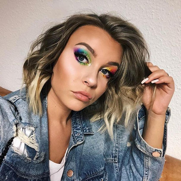 """Rainbow"" heißt das Top Secret Projekt von YouTube-Star Dagi Bee"