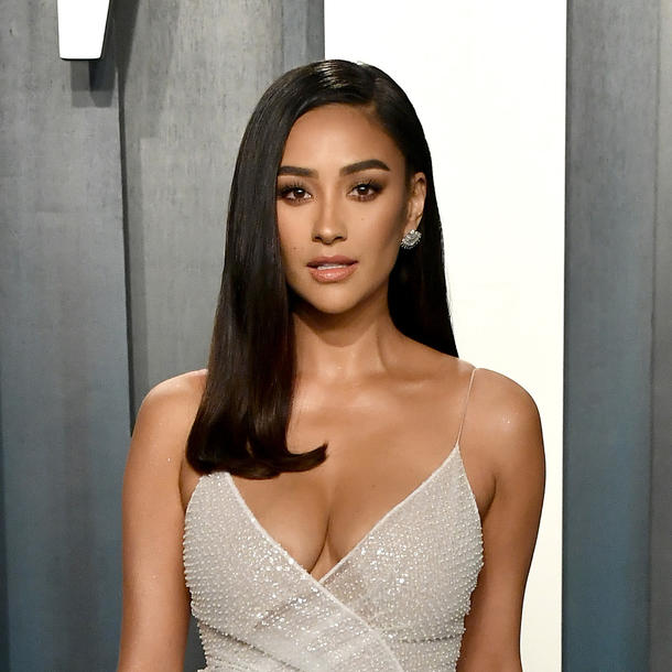 """""""Pretty Little Liars"""" Spin-Off: Ist Shay Mitchell dabei?"""