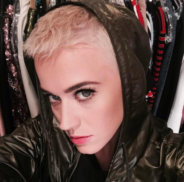 Katy Perry Frisur Haare Ab Hot Or Not Neue Frisuren Der Stars