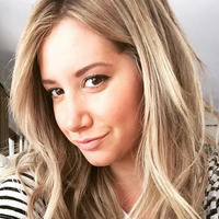 Ashley Tisdale Clipped