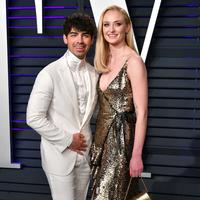 Joe Jonas und Sophie Turner hier bei der Vanity Fair Oscar Party in Beverly Hills.