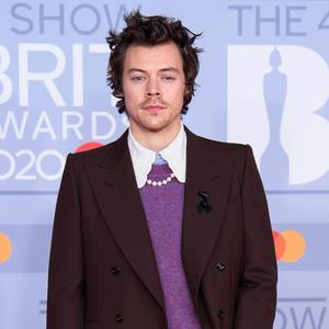 "Corona: ""One Direction""-Star Harry Styles muss in Quarantäne"