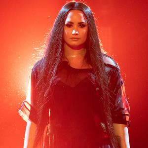 "Demi Lovato veröffentliche am Freitag ihr neues Album ""Dancing with the Devil… the Art of Starting Over"""