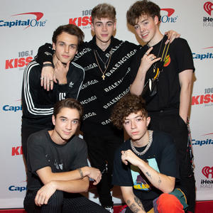 Why Don't We: Komplett nackt im neuen Musik-Video